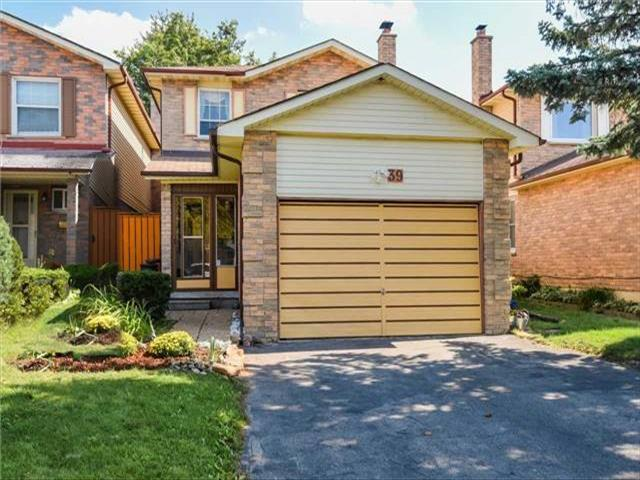 39 Greenbelt Cres Richmond Hill