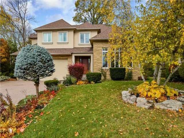 22 Stockdale Cres Richmond Hill
