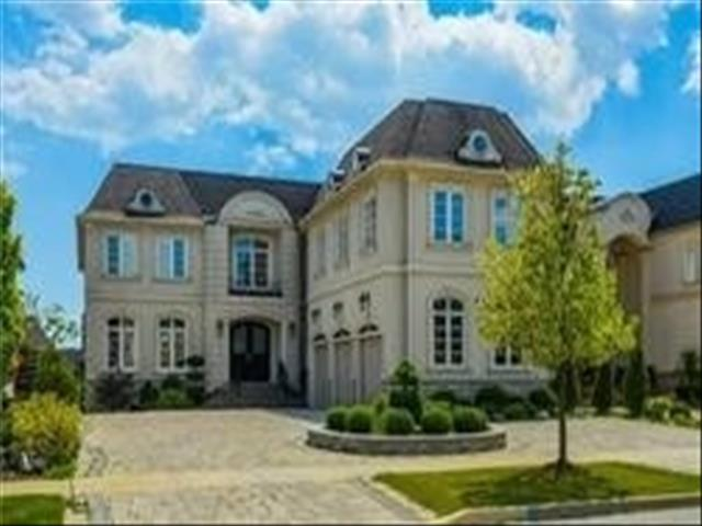 3 Montano Crt Richmond Hill